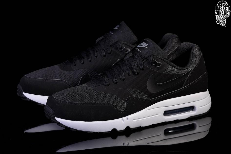 875679 002 Nike Air Max 1 Ultra 2 Essential Black