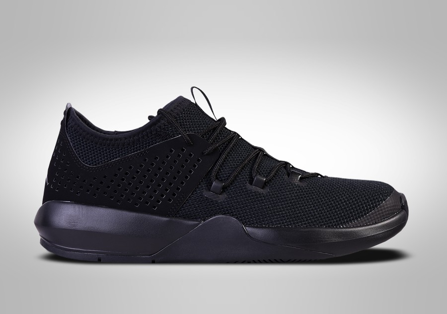best website d6ba6 7ad70 NIKE AIR JORDAN EXPRESS TRIPLE BLACK price €87.50   Basketzone.net