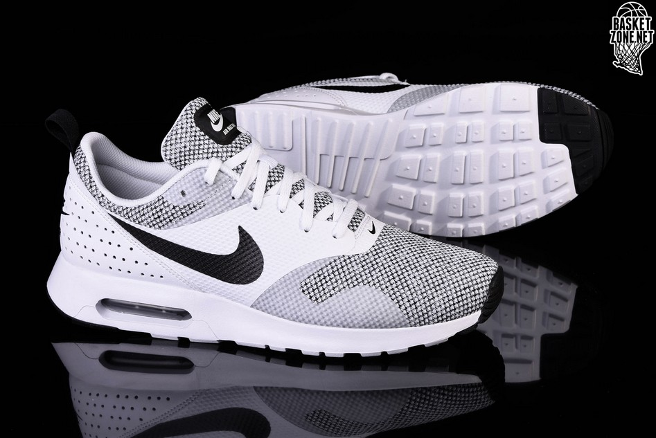 NIKE AIR MAX TAVAS PREMIUM BLACK & WHITE