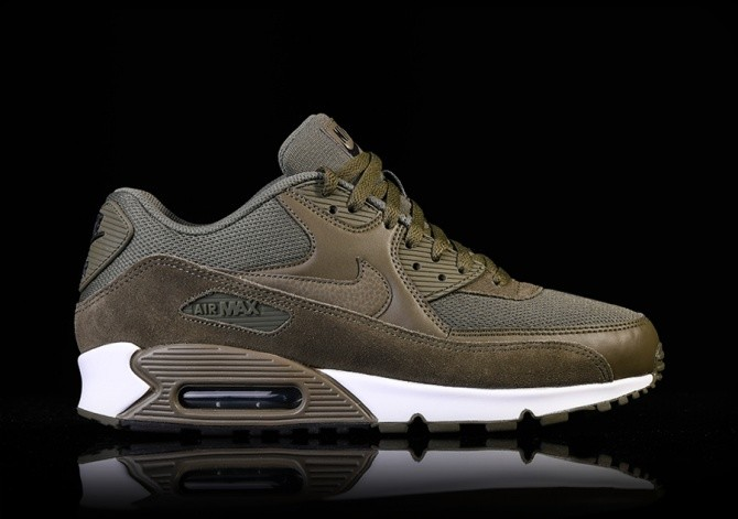 purchase cheap a9904 eb7f6 NIKE AIR MAX 90 ESSENTIAL MEDIUM OLIVE