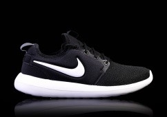 NIKE ROSHE TWO BLACK&WHITE