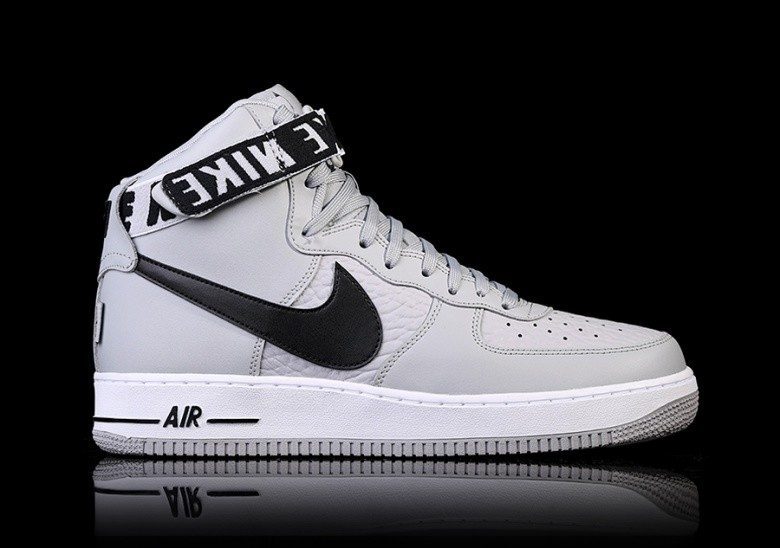 c5469f7c1d3 NIKE AIR FORCE 1 HIGH '07 NBA STATEMENT GAME voor €105,00 ...