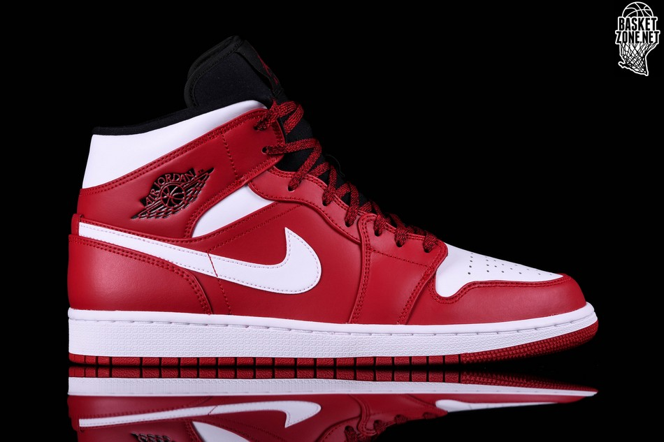new arrival 6f5e1 57b49 NIKE AIR JORDAN 1 RETRO MID CHICAGO
