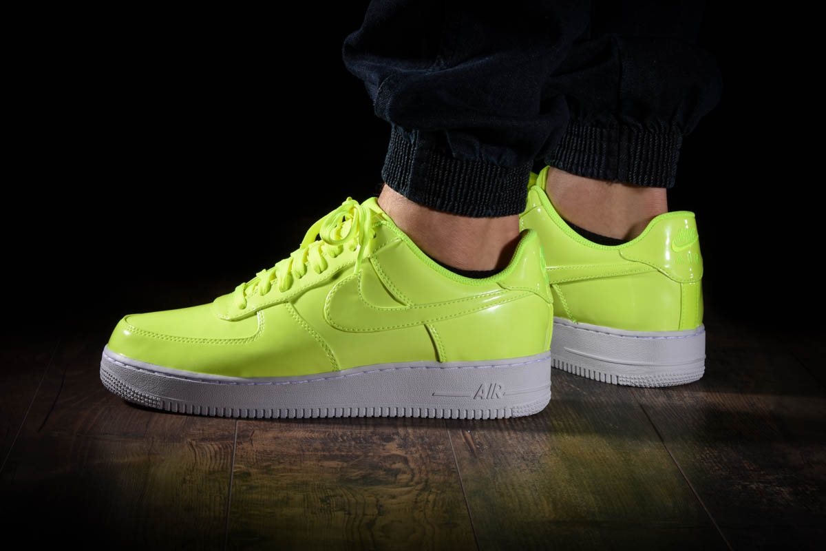 NIKE AIR FORCE 1 '07 LV8 UV for £90.00