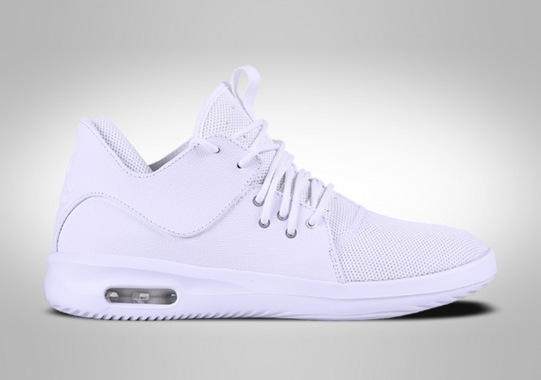 NIKE AIR JORDAN FIRST CLASS TRIPLE WHITE