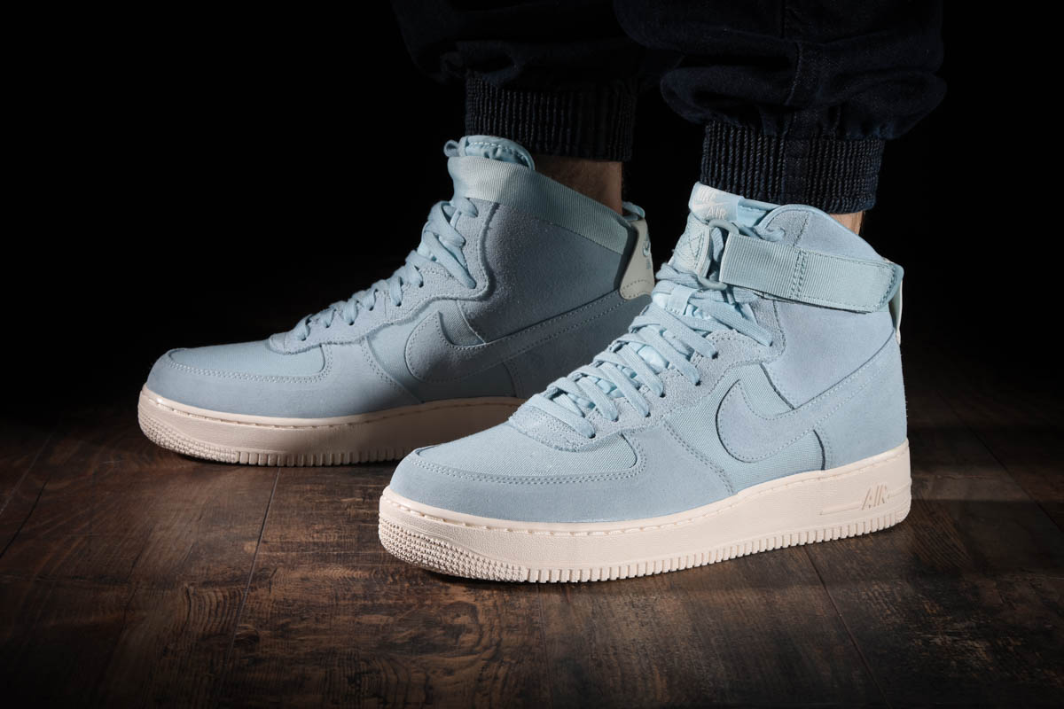 NIKE AIR FORCE 1 HIGH '07 SUEDE for