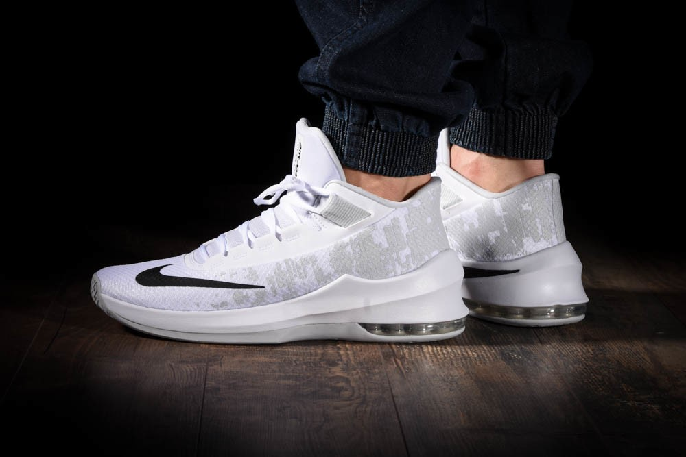 NIKE AIR MAX INFURIATE 2 MID for £70.00 |