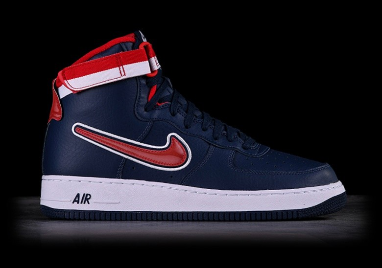 120c22ca1 NIKE AIR FORCE 1 HIGH  07 LV8 NBA SPORT PACK DREAM TEAM per €105