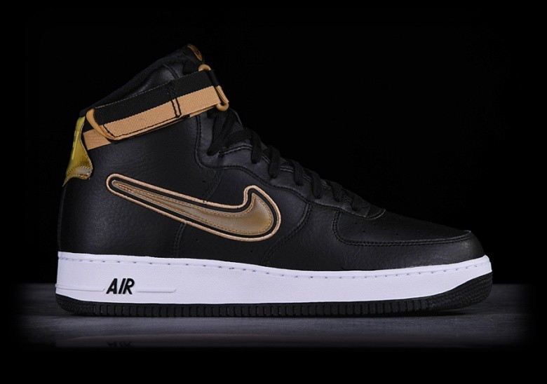 NIKE AIR FORCE 1 HIGH '07 LV8 NBA SPORT PACK price €105.00