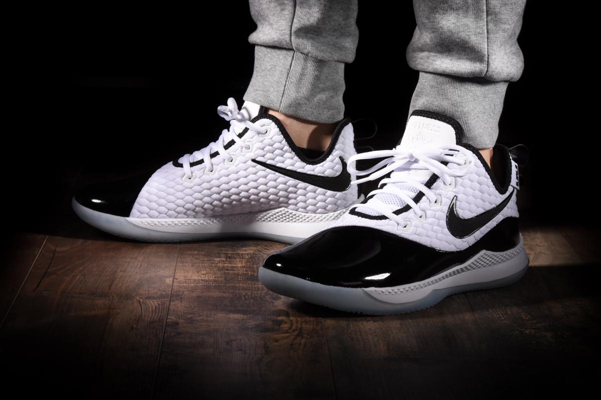Nike Lebron Witness III PRM Basketball