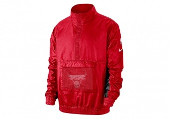 NIKE NBA CHICAGO BULLS LIGHTWEIGHT COURTSIDE JACKET UNIVERSITY RED