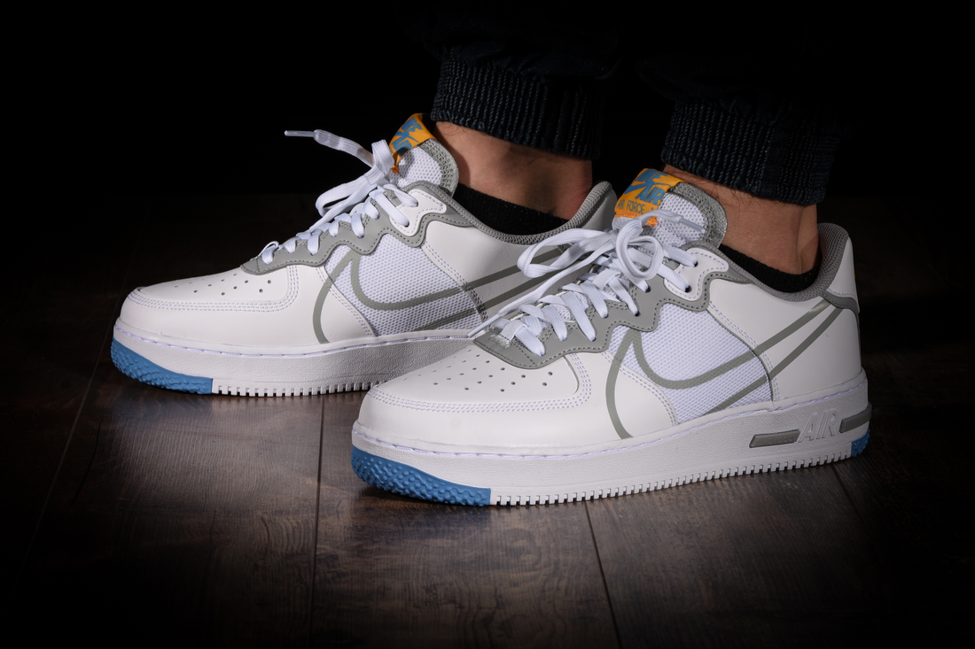 nike air force 1 low react